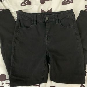 American Eagle High rise jeans- size 10 SHORT